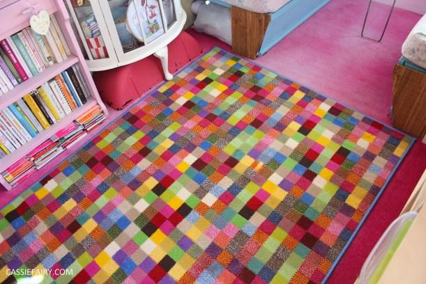 vintage retro caravan magazine diy carpet rug makeover project-7