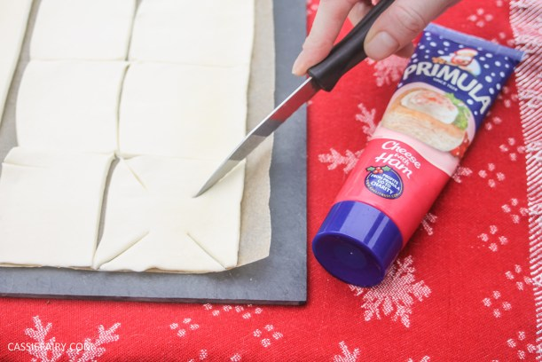 cheesy christmas star pastry party nibbles recipe primula_-2