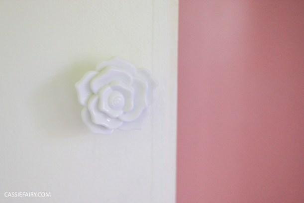 bright colour pink painted bedroom cupboard wardrobe interior diy interior design idea-16