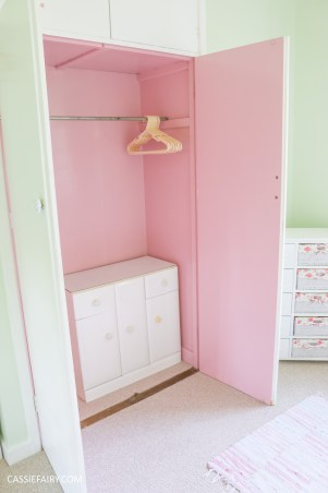bright colour pink painted bedroom cupboard wardrobe interior diy interior design idea-18