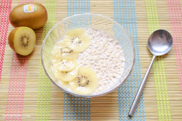 sunday brunch breakfast soasked oats fruit seeds healthy recipe-2