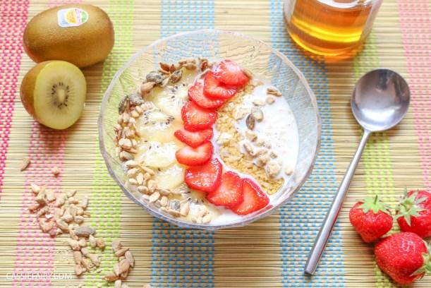 sunday brunch breakfast soasked oats fruit seeds healthy recipe-5
