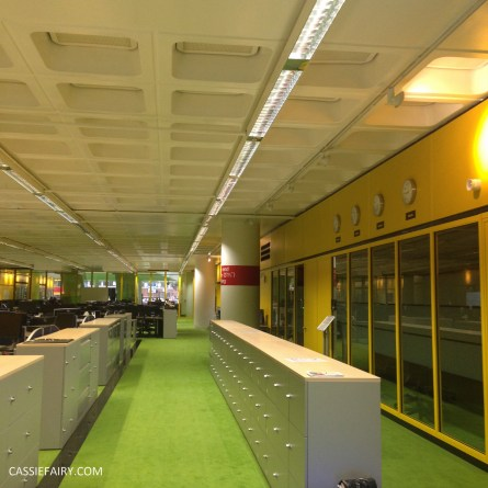 norman-foster-utopian-black-glass-willis-building-ipswich-suffolk-yellow-and-green-interior-office-70s-1970s-26