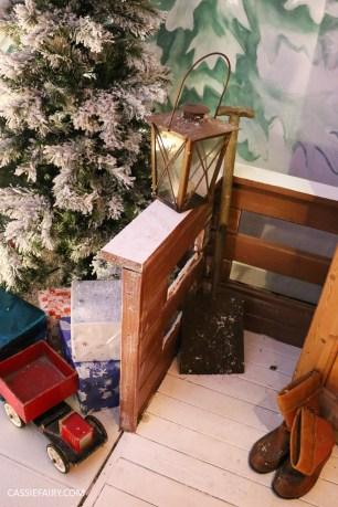 christmas-shopping-blackthorpe-barn-santas-grotto-festive-days-out-suffolk-16