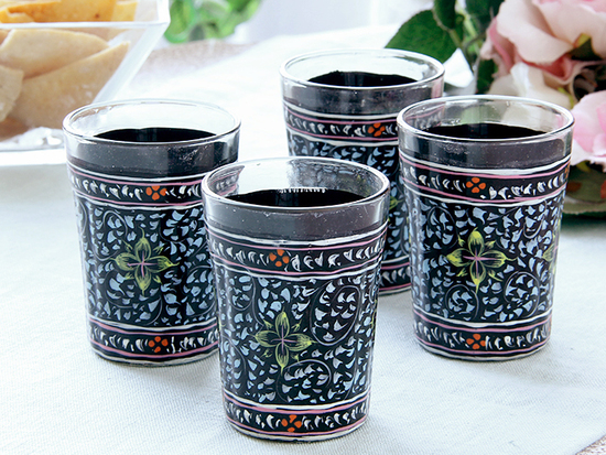 tea-glasses-decorated-painted-glass-gift