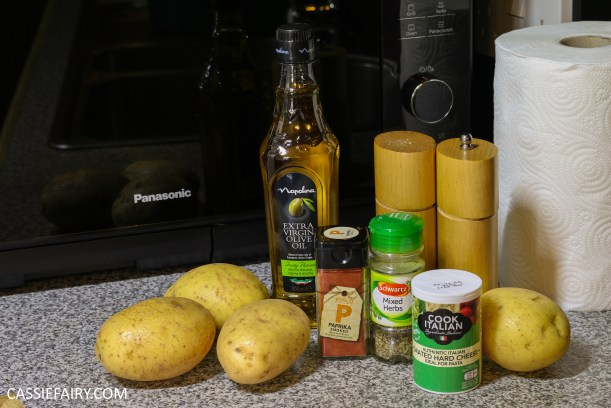 pieday-friday-diy-low-fat-healthy-microwave-crisps-recipe-parmesan-paprika-salt-pepper-2