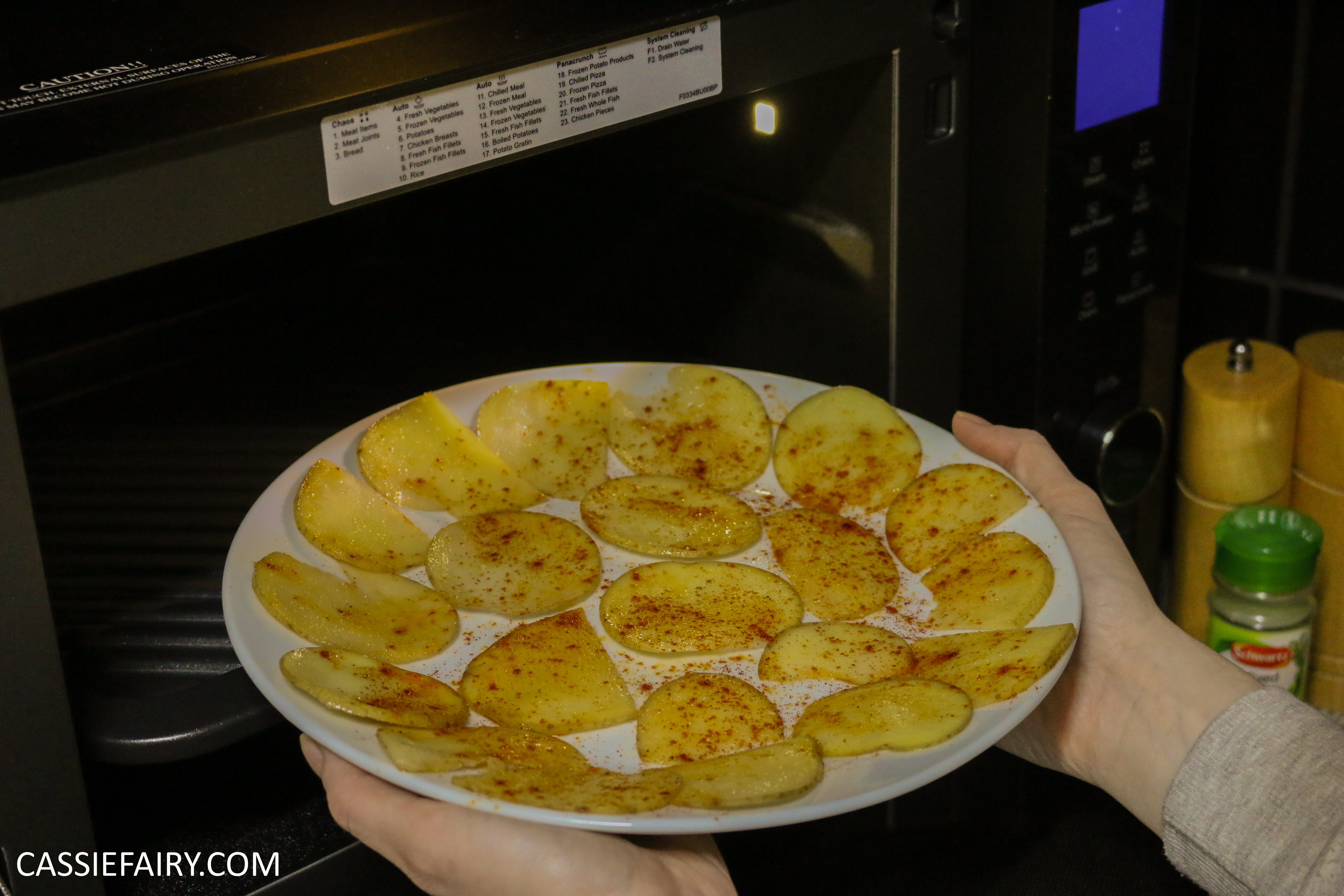 how to make potato chips in microwave oven