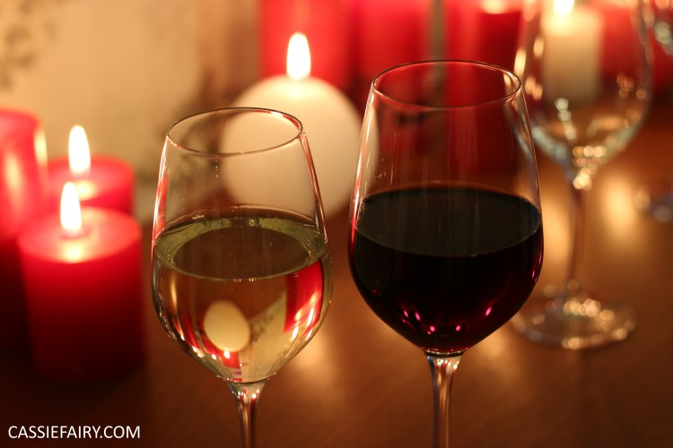 glass of white wine and a glass of red wine
