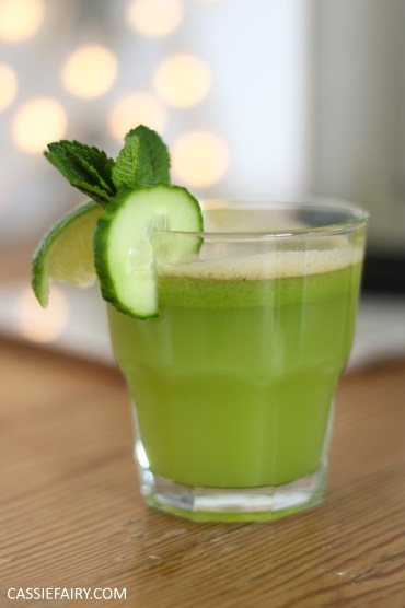 juicing herbs - juice recipe apple pear cucumber mint lime -15