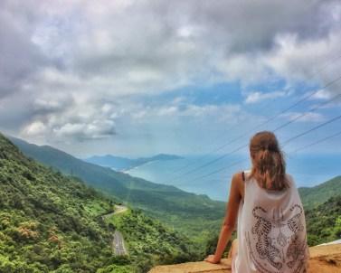 hoi van pass viewpoint in vietnam