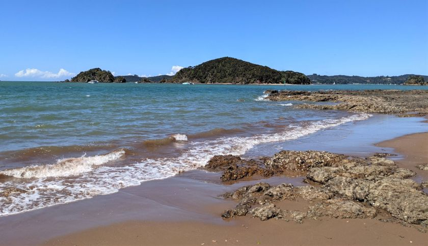 Paihia Beach - beaches in the Bay of Islands