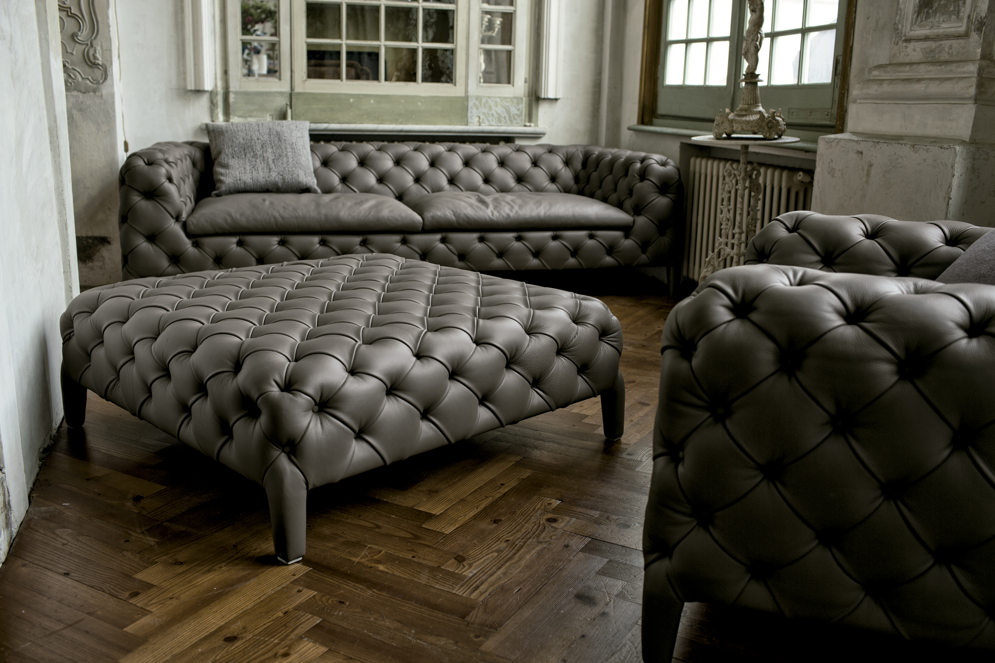 Lounge Couch Contemporary Hand-made Windsor Sofa - Italian Designer ...