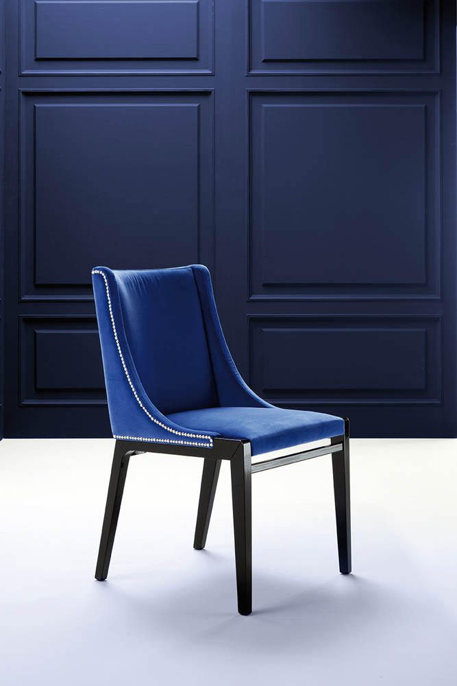 Affair Chair