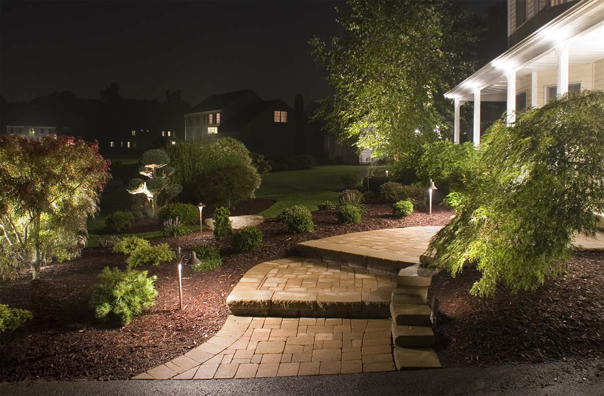 great ways to light your outdoor steps