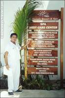 staff member at el dorado seaside suites