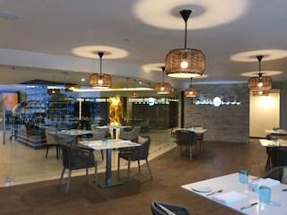 Dorado Restaurant dining area
