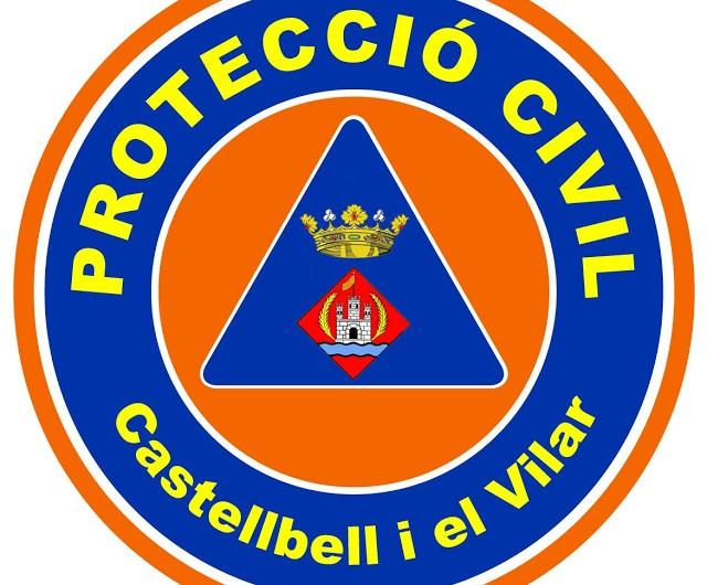 Membres de Protecció Civil de Castellbell, a la comissaria dels Mossos d'Esquadra de Manresa.