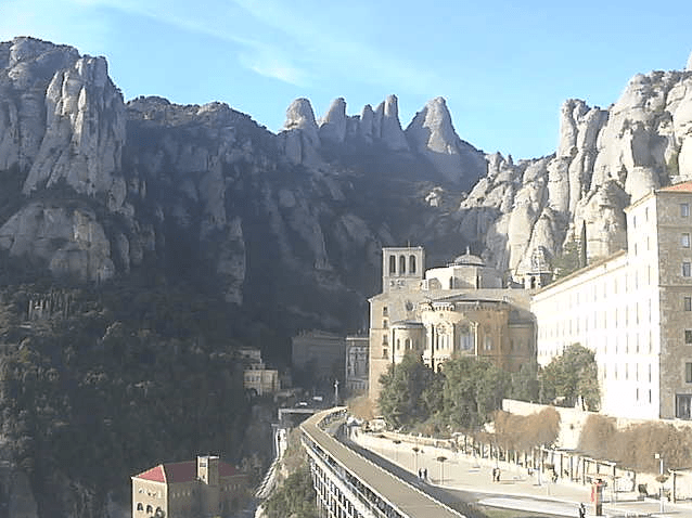 Un  dipositiu conjunt entre Mossos i  l´Abadia de Montserrat permet reduir l´activitat delictiva al monestir