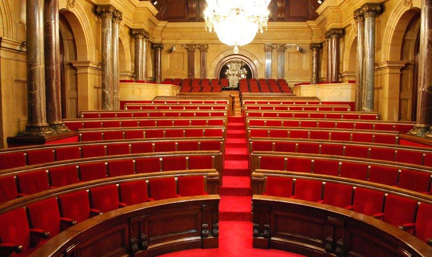 El Parlament s'ha de constituir a tot estirar el 12 de març