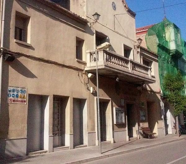 El Fons FEDER(UE) destinarà una partida per la rehabilitació de la teulada de l'Ajuntament de Castellbell i el Vilar.