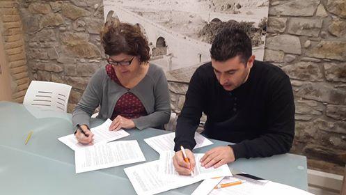 Tres alumnes de l'Escola Montserrat(Sant Vicenç de Castellet) faran Formació Professional dual a l'Ajuntament de Castellbell i el Vilar el curs vinent