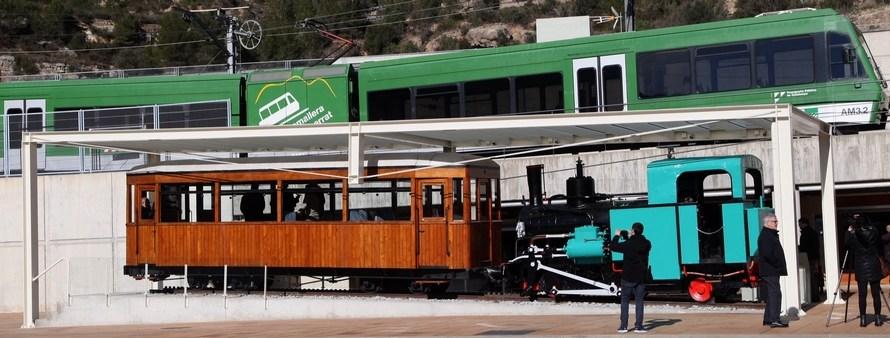 FGC presenta la locomotora de vapor centenària Monistrol i el cotxe saló d'autoritats de l'antic Cremallera