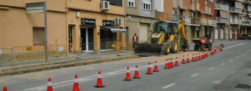 Obres de Clavegueram al carrer Sant Jeroni a Castellbell i el Vilar