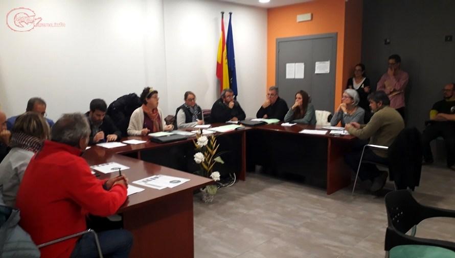 El ple de l' Ajuntament de Castellbell i el Vilar va aprovar mocions sobre les dones i sobre la defensa de la llengua catalana