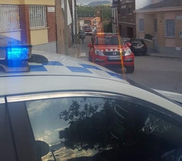 Un vehicle s'encasta contra una paret i provoca una fuita de gas a Castellbell i el Vilar.