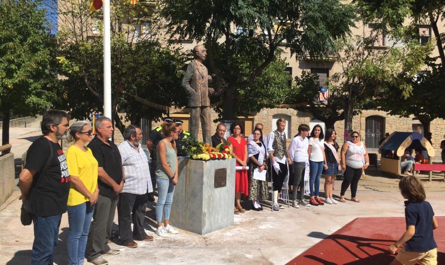 Castellbell i el Vilar commemora la Diada amb una mostra de foc a càrrec dels Diables i Tabalers de Xàldiga