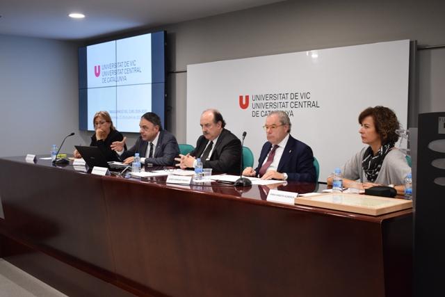 """El rector de la UVic-UCC aprofita la inauguració del curs per fer una crida al """"diàleg"""" a Catalunya"""