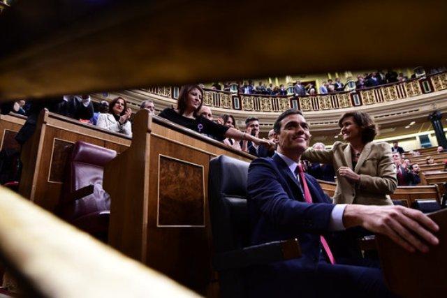 El Congrés investeix Pedro Sánchez president del govern espanyol i dona llum verda al govern de coalició