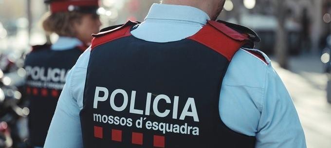 """Una circular dels Mossos valora """"a l'alça"""" el risc d'atemptat terrorista a Catalunya"""