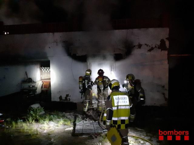 Incendi a una casa abandonada de Castellbell