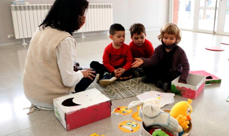 Una escola de Manresa inclou la gestió de les emocions en el dia a dia dels alumnes més petits