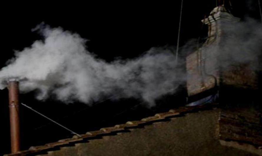 Titulars dels diaris d'avui dimarts 18 de maig: Fumata blanca a Palau ERC i JxCat pacten Govern