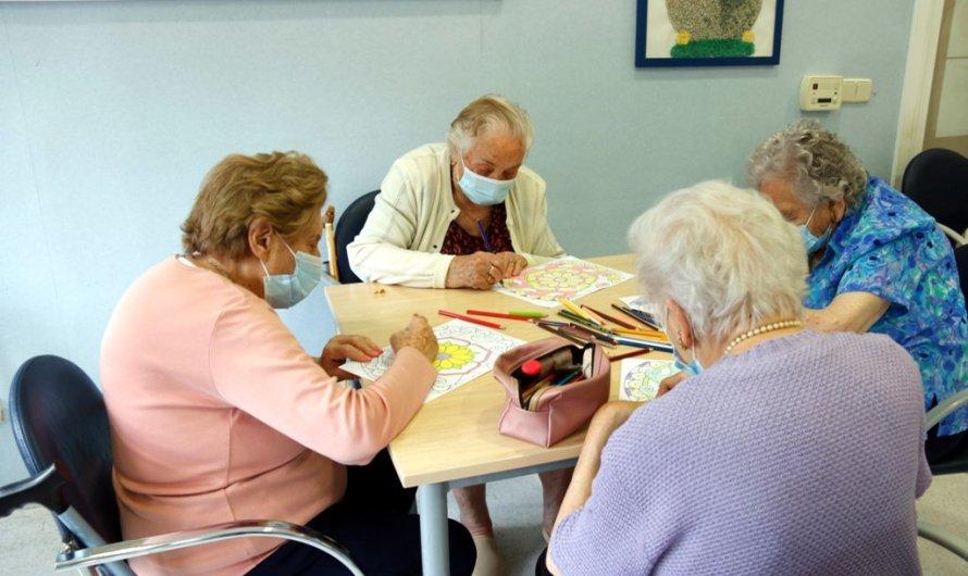 S'eliminen els tests antigens a familiars per fer visites a les residències d'avis