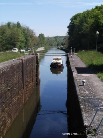 Locking up to St Julienne sur Dheune