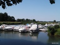 Hire boat base at Pontailler