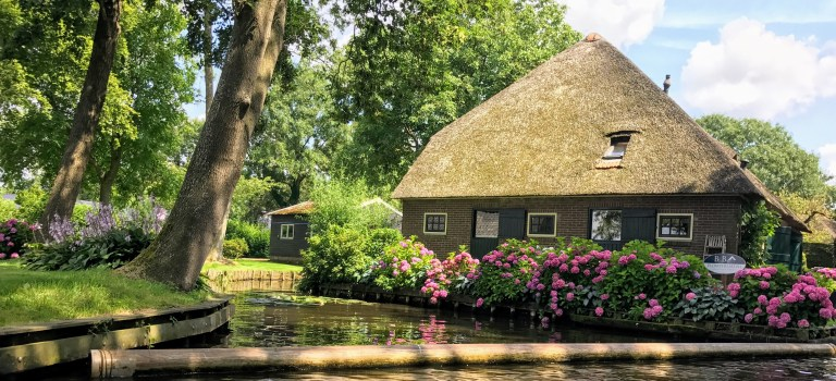 A Day Out in Giethoorn