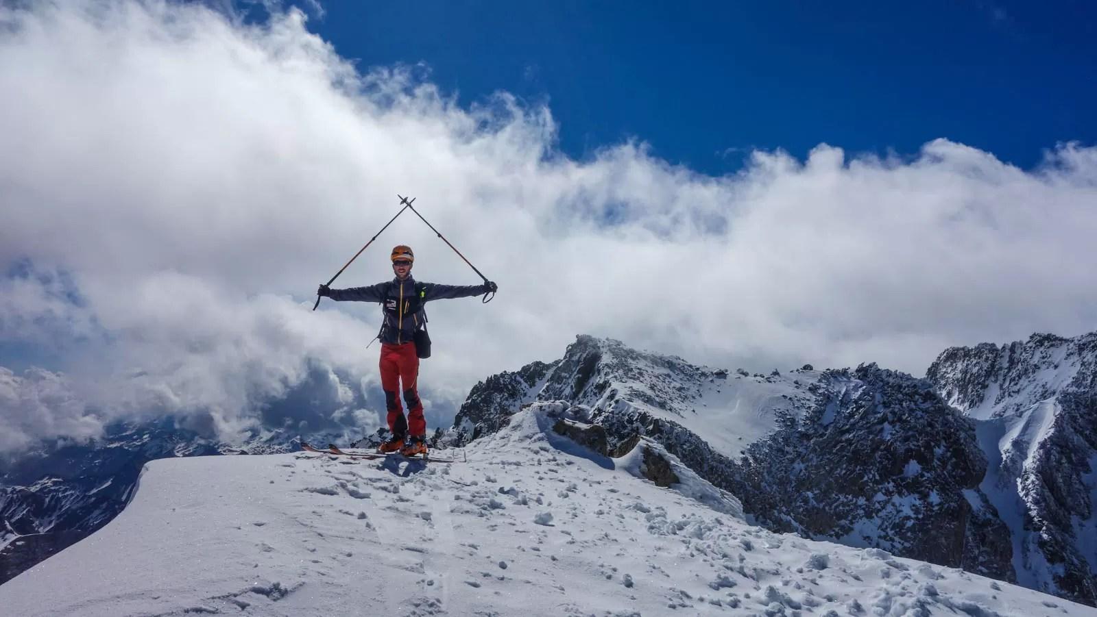 Aneto con esquí de montaña. Casteret guías de montaña