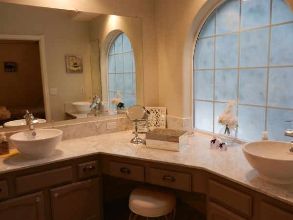 Eugene Remodeling Contractor remodels new bathroom