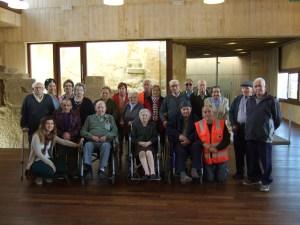Junio de 2013. Visita de un grupo de ancianos de Sariñena.