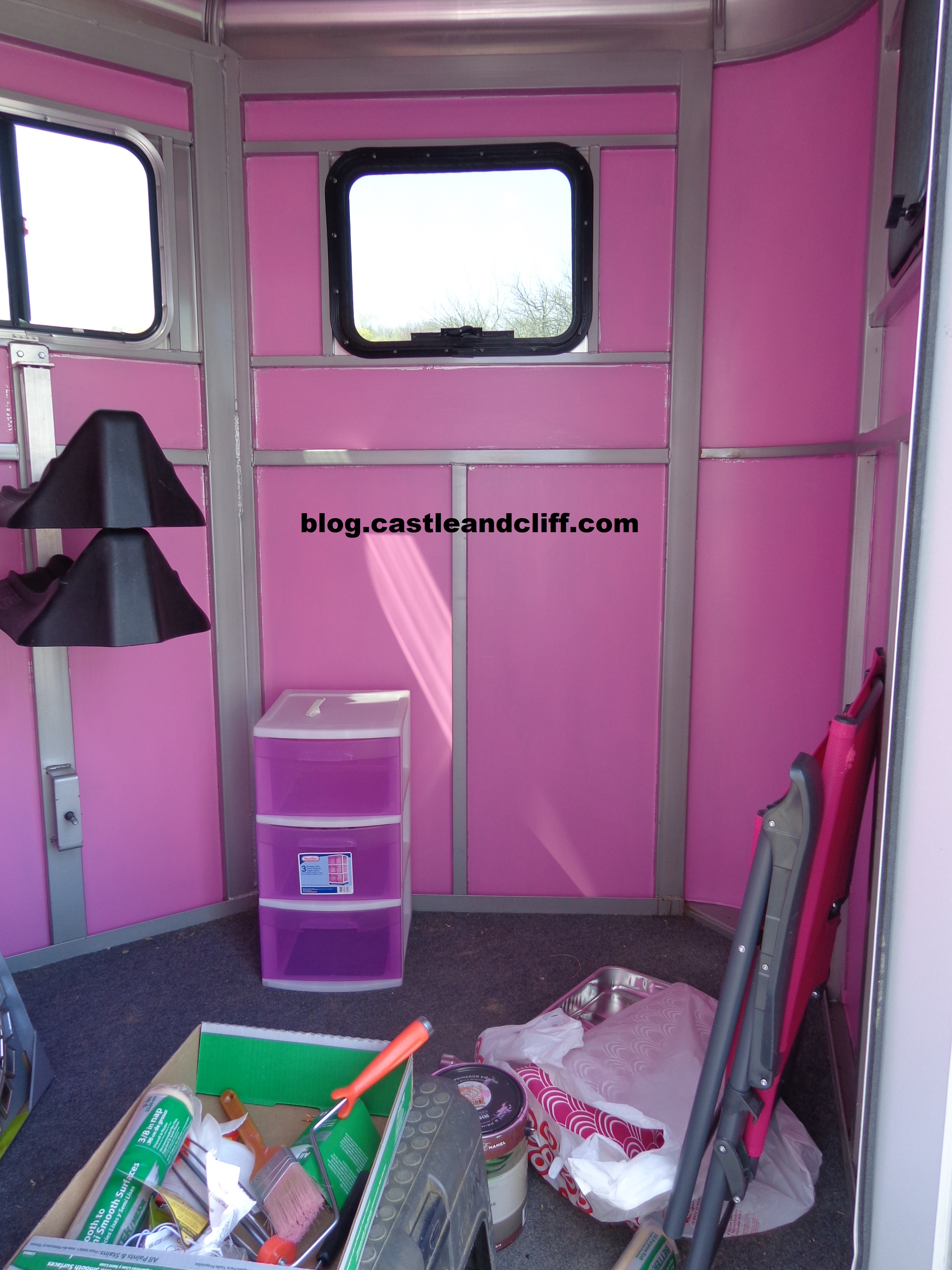 Horse Trailer GlamOver  MUFFIECAKES