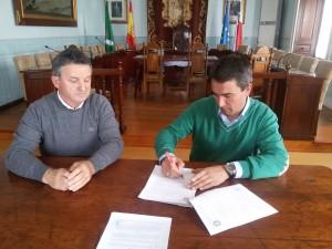 Firma Cesión Agua Santullán (1)