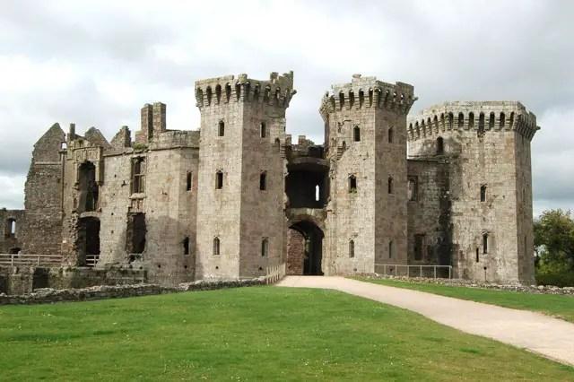 Ruins of Raglan Castle