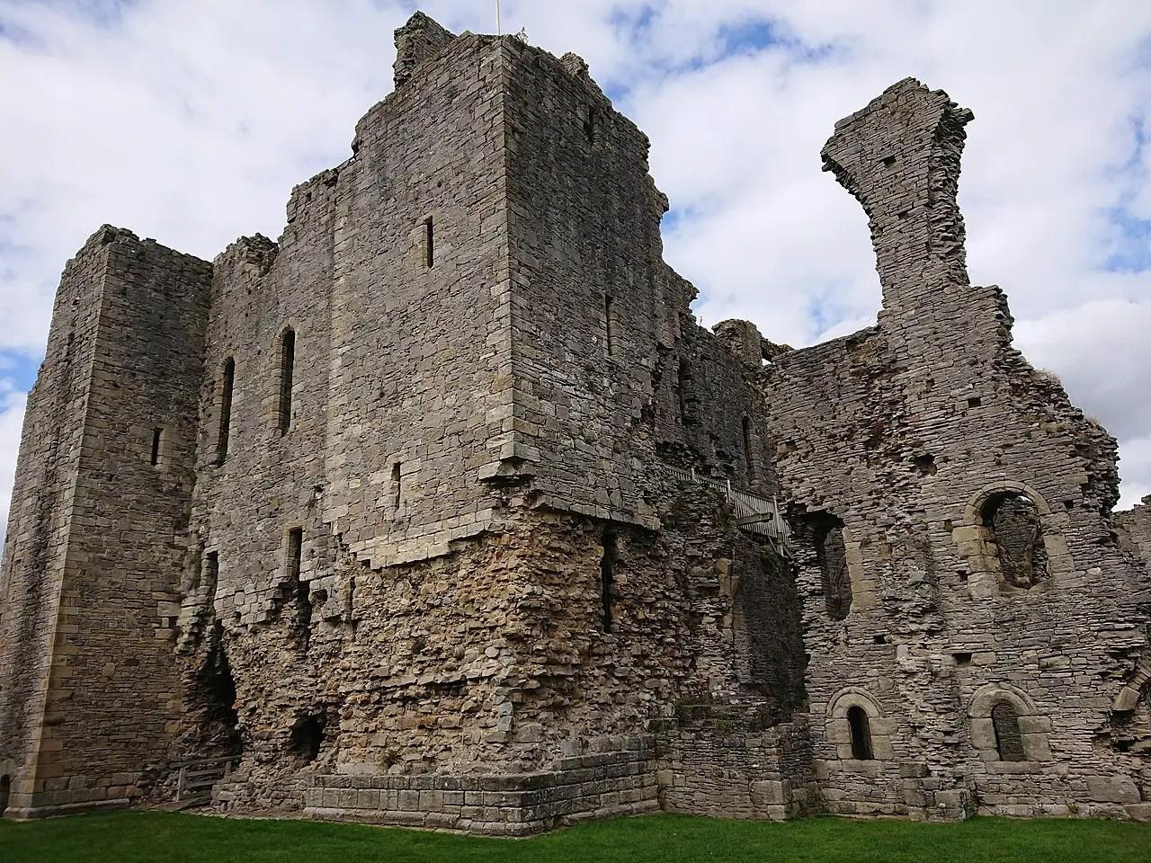Ruined castle walls