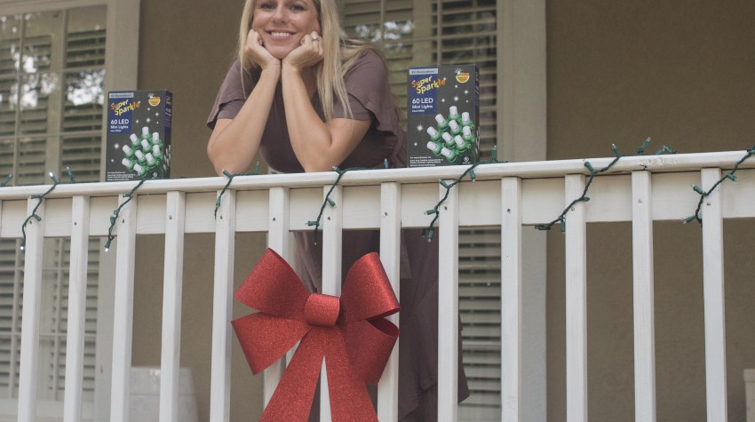 Front Porch Holiday Decorating