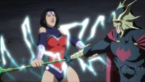 Wonder Woman-Sparks Flying In Battle!