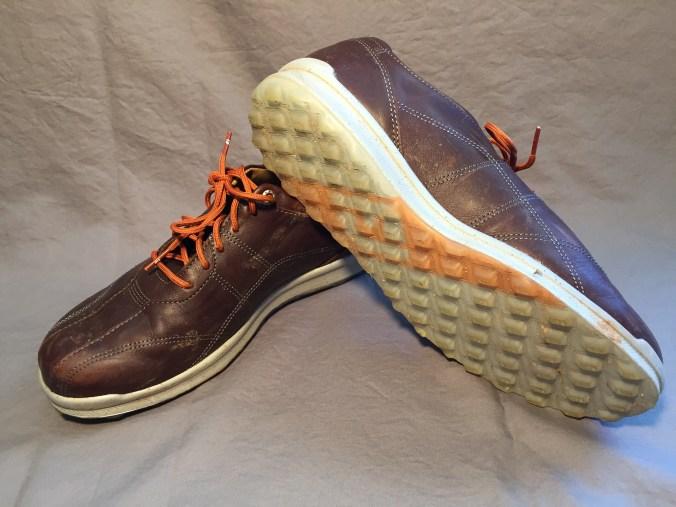 VersaLuxe spikeless golf shoes.